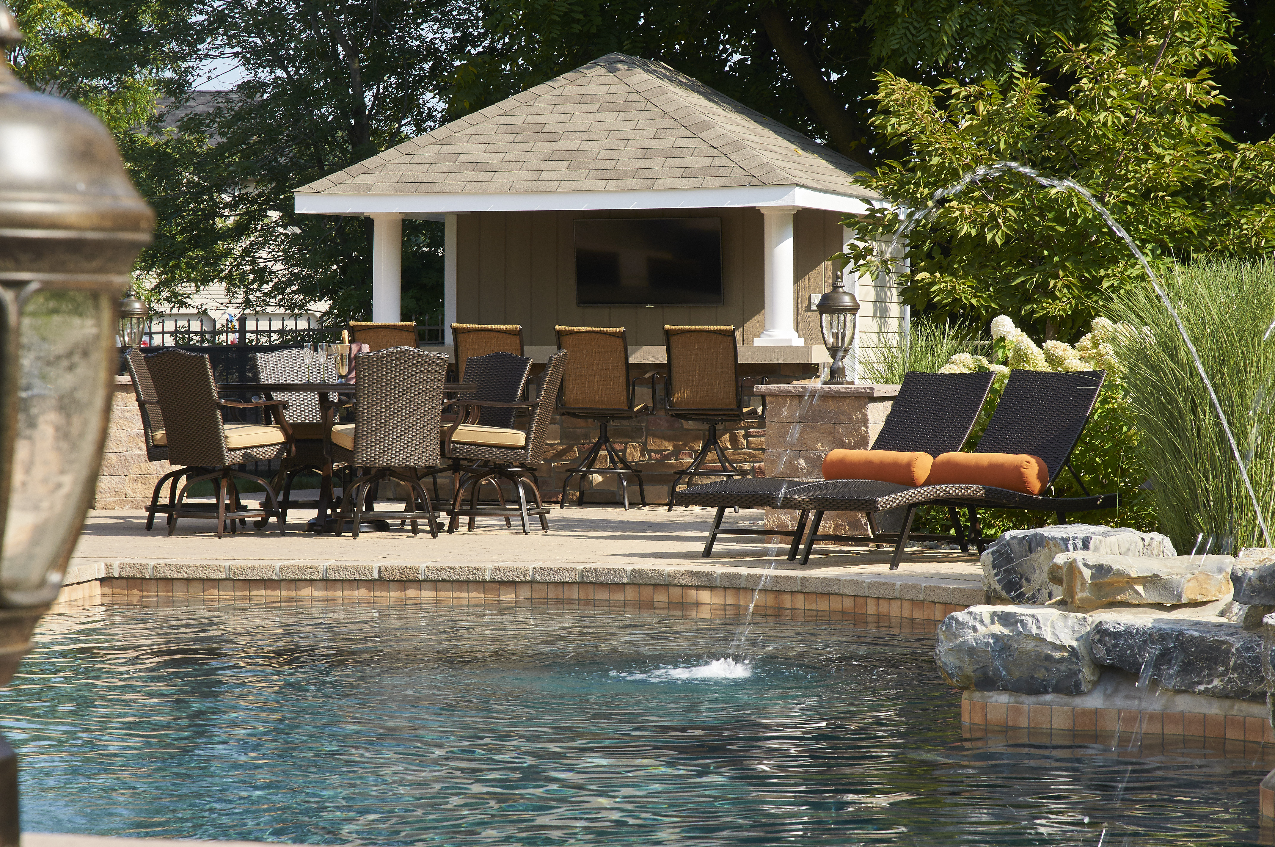 pool houses cabanas pool sheds pool side bars homestead structures rh homesteadstructures com backyard pool house and bar backyard pool house sheds kits