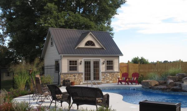 14' x 18' Heritage Pool House (vinyl siding)