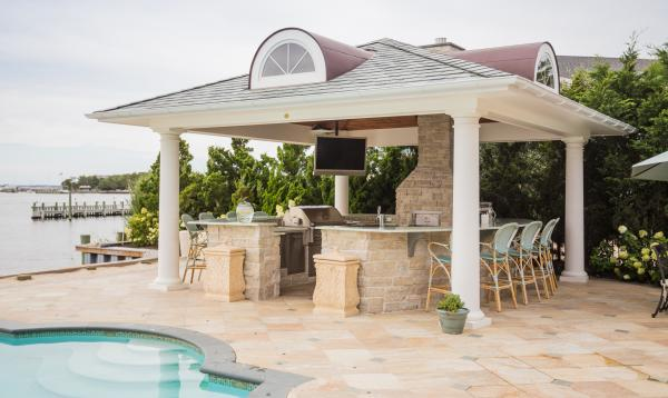 18 x 18 Custom Pavilion with Bar & Outdoor Kitchen