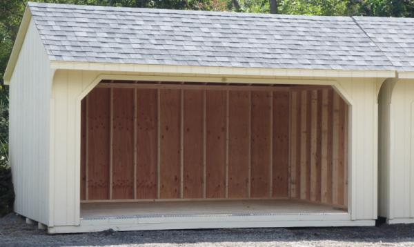 10' x 16' Quaker Run In Barn (D-Temp siding)