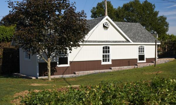 16' x 36' A-frame Horse Barn (D-Temp Siding)