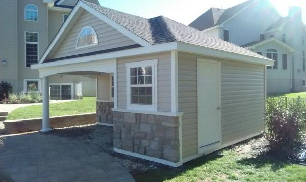 16' x 20' Wellington pool house with hip roof