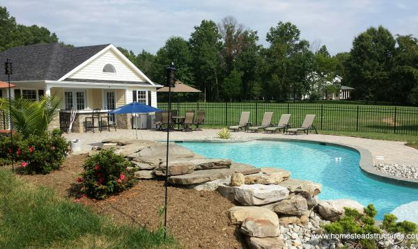 24' x 36' Wellington Pool House (vinyl siding)