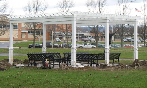 20 x 20 white vinyl pergola for high school