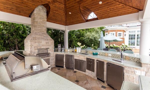 18' x 18' Vintage Pavilion Outdoor Kitchen with Pizza Oven