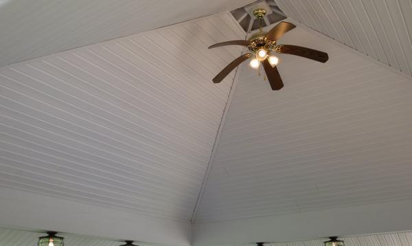 20'x20' VIntage Pavilion Standard Vinyl Ceiling with Ceiling Fan