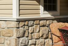 12' x 20' Wellington stone facade