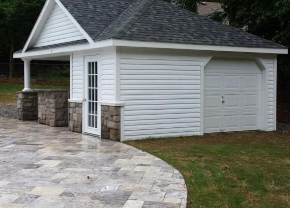 16' x 22' Wellington with garage door