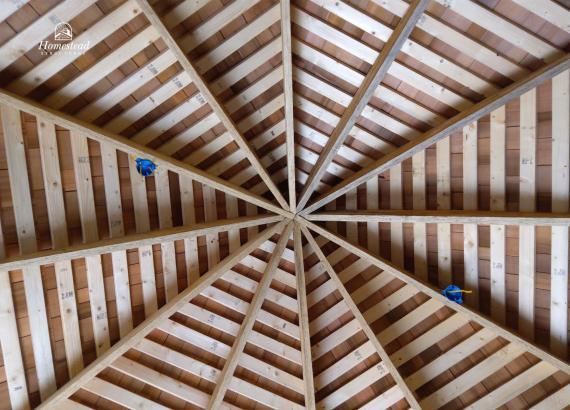 Ceiling of 19' Garden Belle in Reading PA