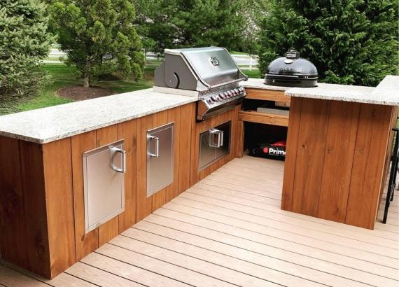 Custom Bar Counter & Outdoor Kitchen on Trex Deck (Over 1400 sq ft)